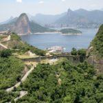 Caminhada mostra história e natureza exuberantes dos fortes de Niterói