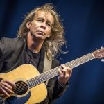 Tim Reynolds abre turnê Brasil em Niterói